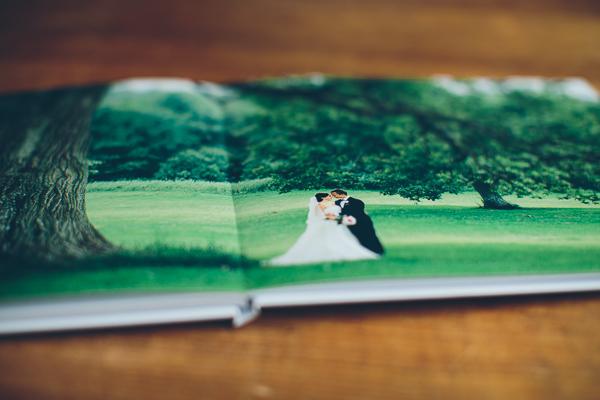 Emilila och Håvards fotobok för bröllopsbilder